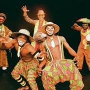 fafa-music-adesa-Afrikanische-Clownshow 1_by Bugs Steffen
